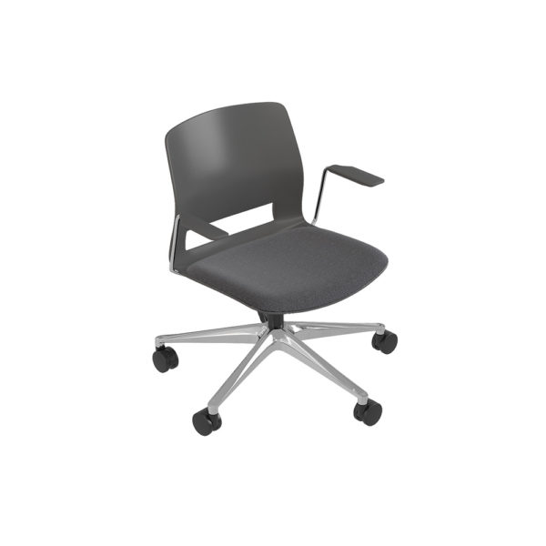 Medium back chair, 5-wheel swivel base, with arms.